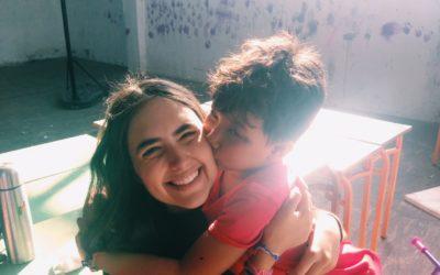 Η εμπειρία μιας ανήλικης εθελόντριας σε ένα camp προσφύγων