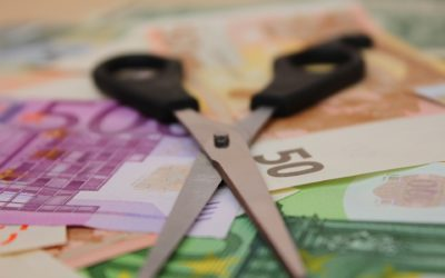 Πρακτικά βήματα για να απαλλαγείτε από τα χρέη